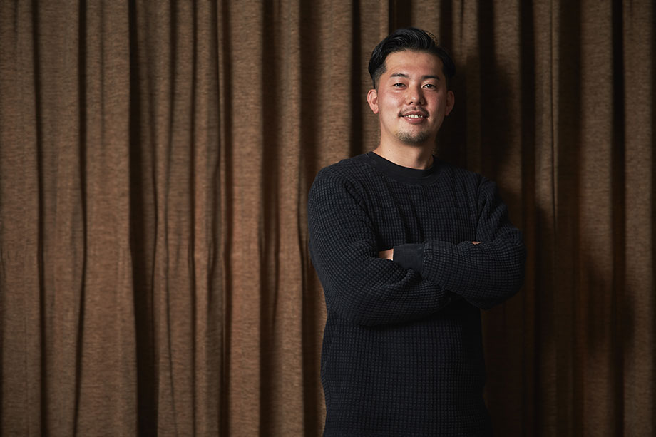 株式会社 デフ イート 代表取締役 高村 俊允