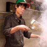 カレー煮込みラーメンからの……。変化する味を楽しむ